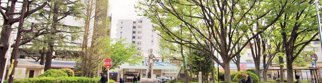 東京本店駅前風景